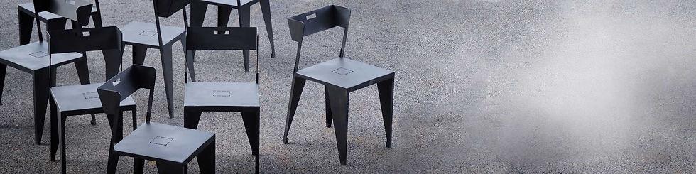 bannière Kinkl meubles création design chaises Tolann ici M. Capsule c'est à Liffré, d'autres tables à Roscoff à Resaurant, Bégard, Lannion, Guingamp, Morlaix, mobilier de terrasse. restaurant port du Bloscon, Morlaix, Treguier, Saint-Brieuc, Plestin les Greves, Saint Michel en Greves, Locquirec, Carantec, Santec, Saint Pol de Leon, ici restaurant, terrasse, mobilier urbain, tables chaises tabourets comptoir bancs  chiffonniers bar transat bois brut métal artisanal style industriel, roscoff, spot du Bloscon. cafe, bar à vins, bistrot, évènements, décoration, brocante, ici à Bégard