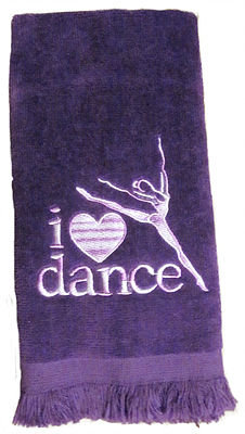 LOVE TO DANCE FINGERTIP TOWEL