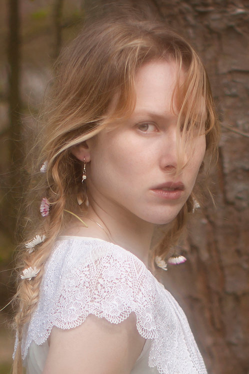 Mother of Pearl Leaf Earring