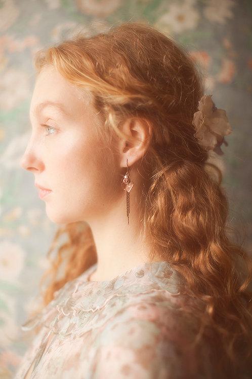 Delicate Floral Dangling Earrings