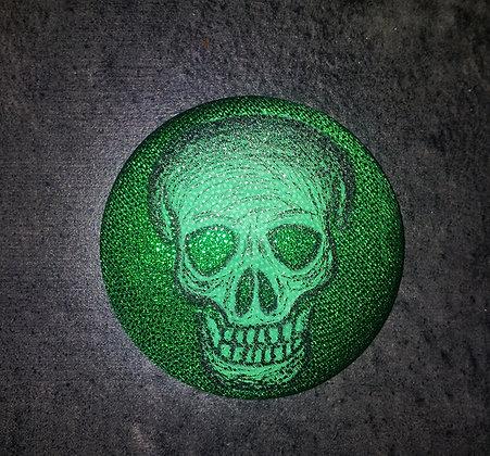 Gros badge skull - vert brillant
