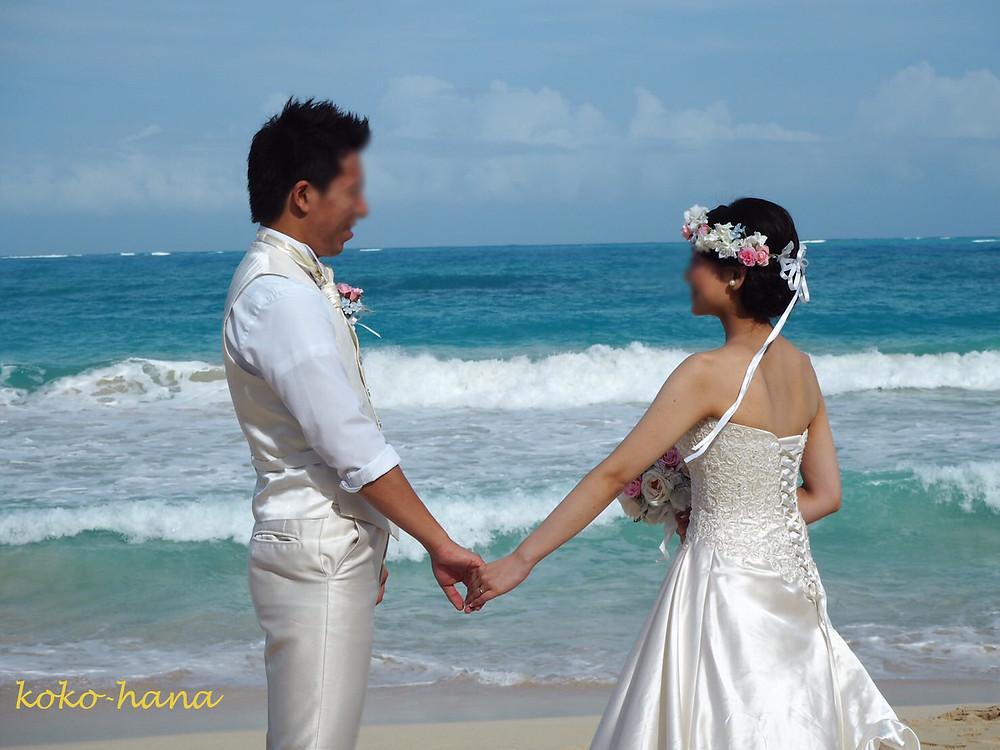 先日ハワイで挙式されたお客様から幸せたっぷりのお写真いただきした。
