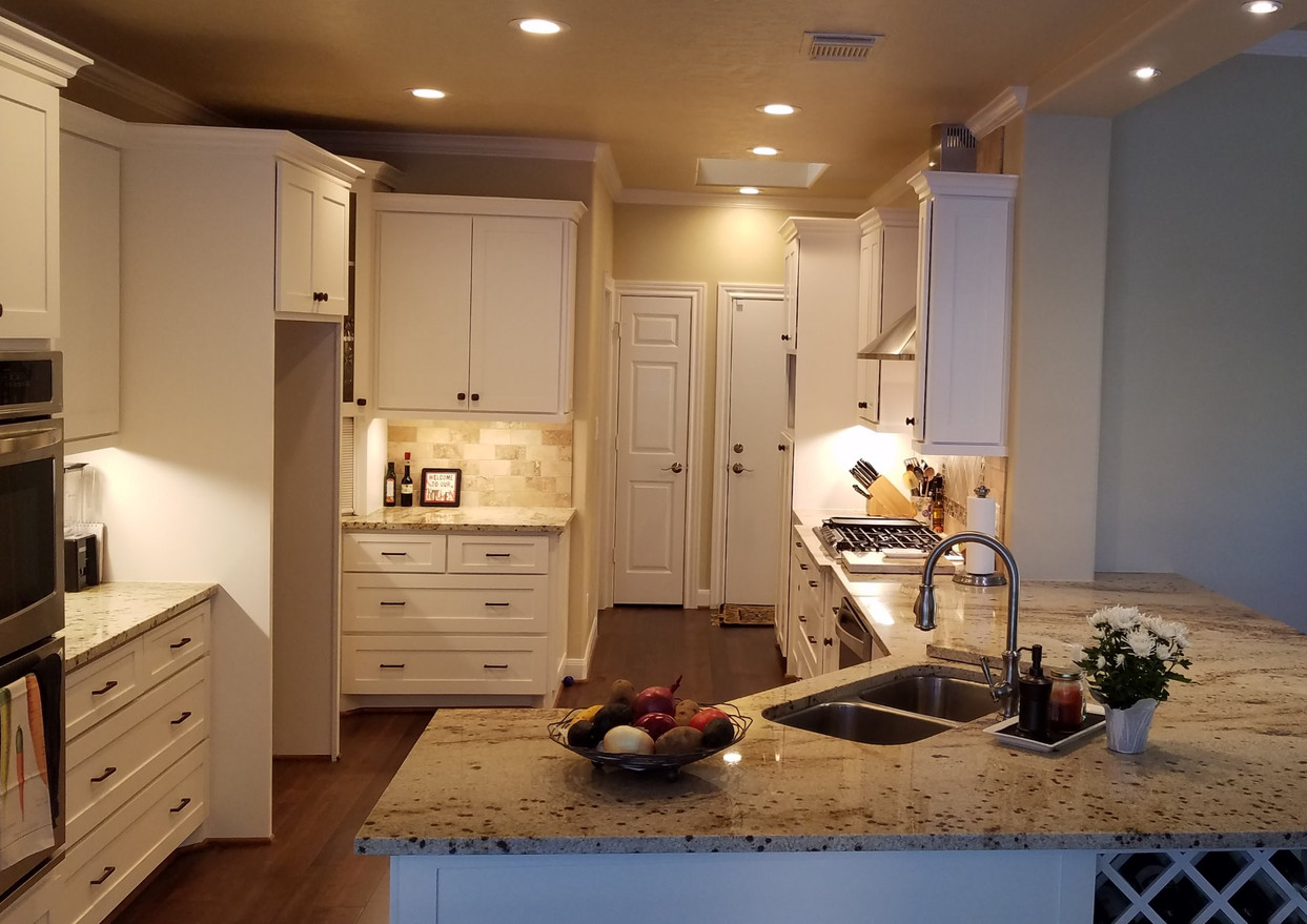 joe kitchen 2_edited.jpg