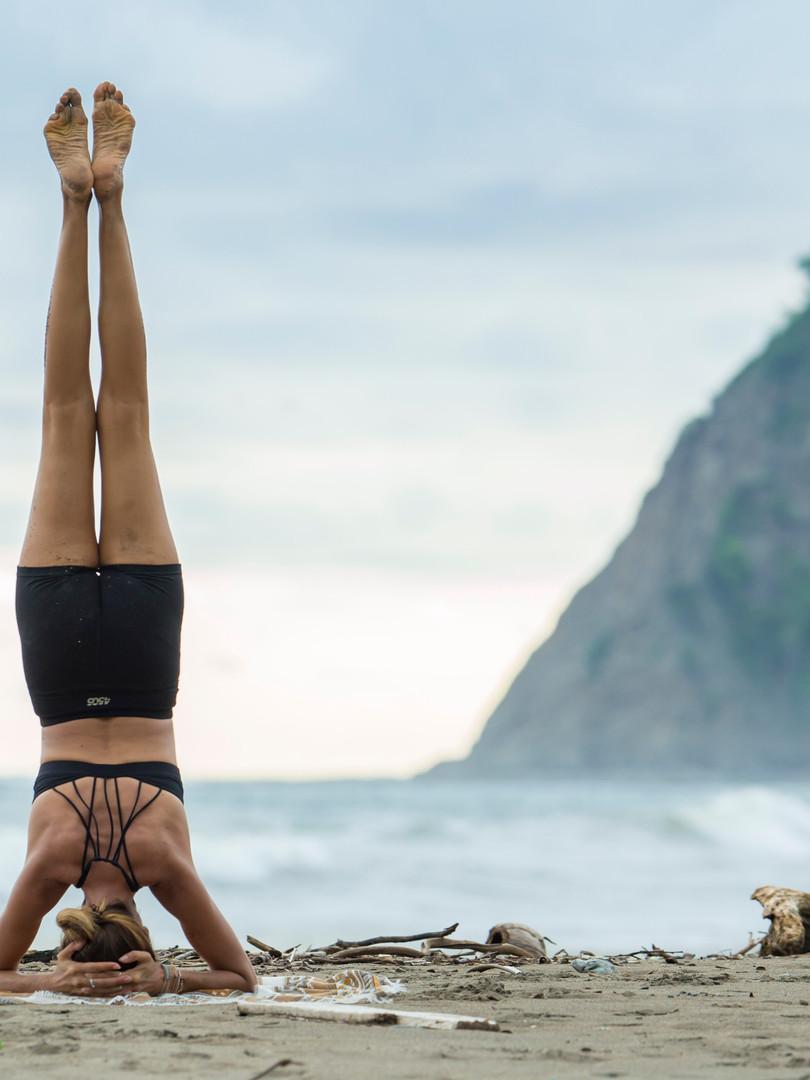Kopfstand Yoga.jpg