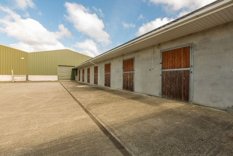 stable block2-001