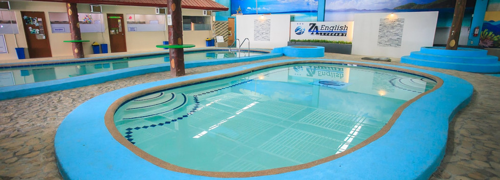 ZA室內泳池.jpg