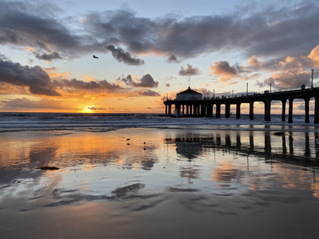"""The last sunset"" of the decade – Manhattan Beach"