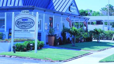 Blueberry's Cafe Naples, Fl Front Buildi