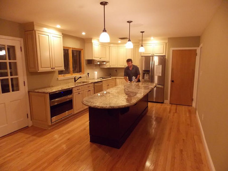 Top Things to Consider When Choosing a Professional Kitchen Remodeling Contractor