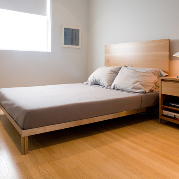 White Oak Bed and Side Table