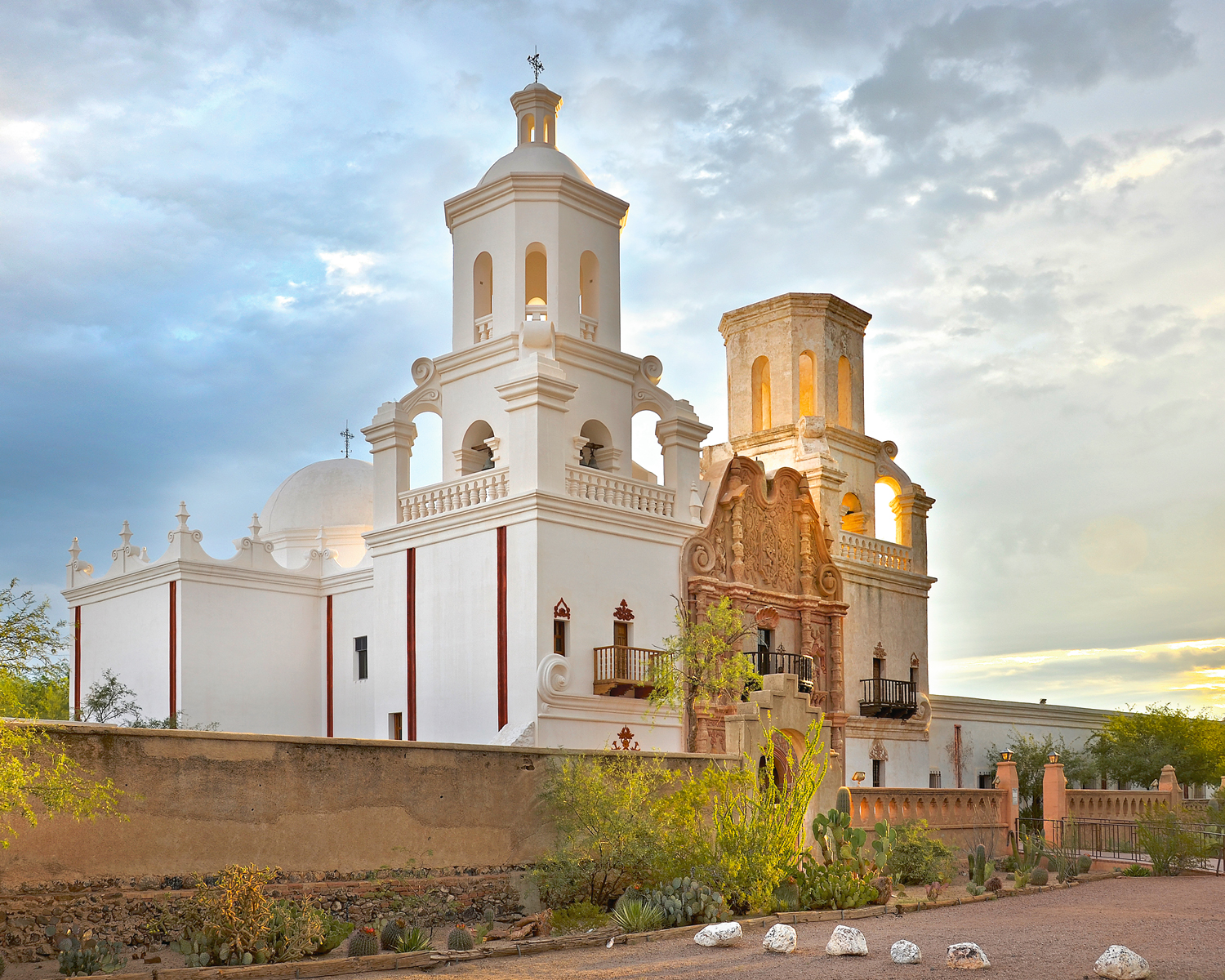 San-Xavier-Mission-2-WEB