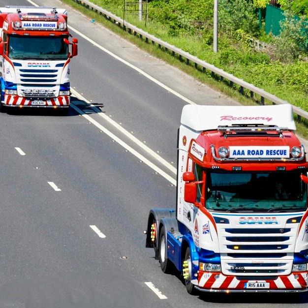 Sebastian and Spartacus in convoy