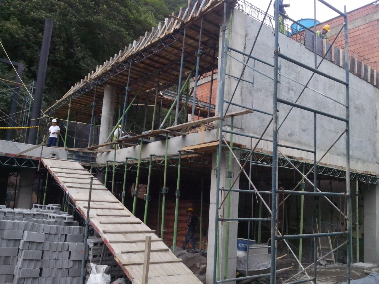 proceso construcción agosto.