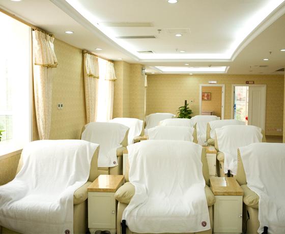 Elizabeth Hospital Infusion  Area