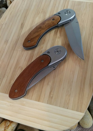 623-WCN-213 Rosewood knife