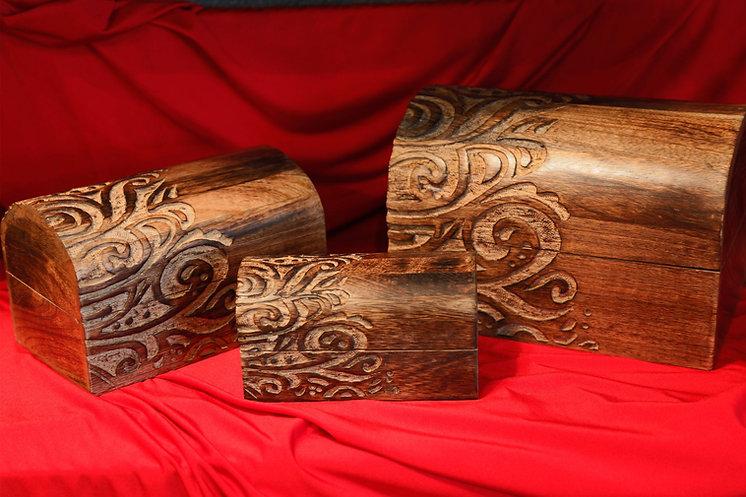 box wood round top.jpg