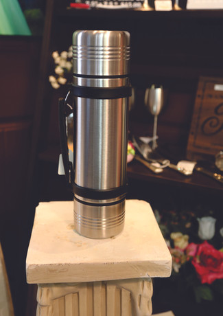 LARGE THERMOS SILVER.jpg