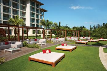 Pool Cabanas and Bali Beds.jpg