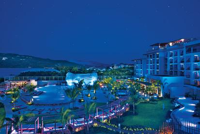 Resort at night.jpg