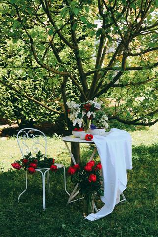 Scène 1 Table fleurie (5).jpg