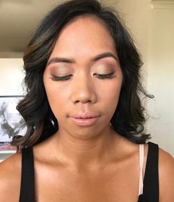 Gorgeous Nancy rocking bronze and gold smokey eye for a wedding ✨