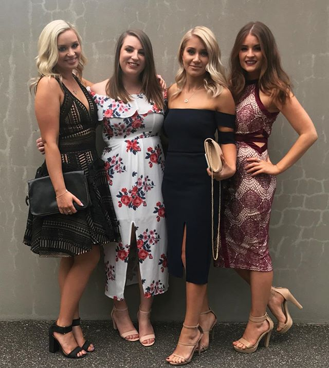 Had the best time getting these four beautiful girls ready for the Quills tonight 🙌🏻 _narsissist S