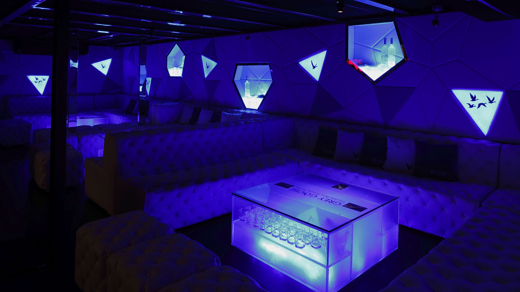 GREY-GOOSE-VIP-SPACE-ZH 12.jpg