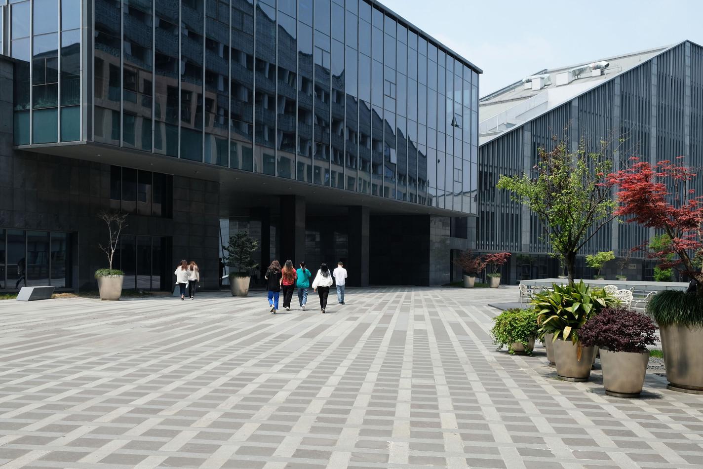 ANZHENG-HQ-PLAZA-02.jpg