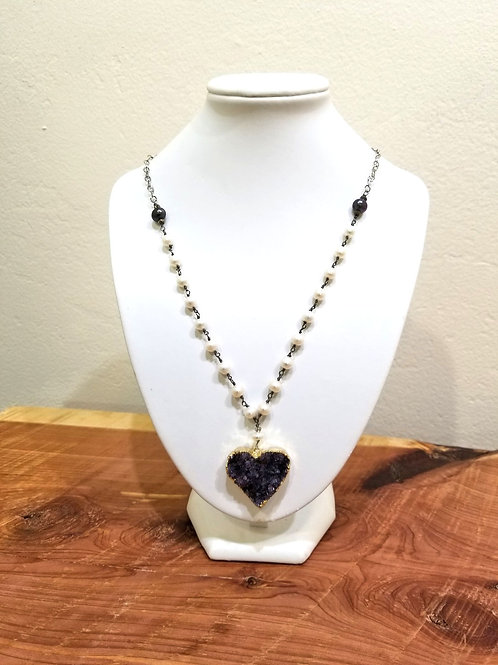 Handmade Beaded Pearl Necklace with Amethyst Druzy Pendant