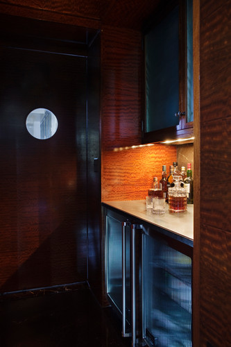 06 Gorfine Bar.jpg