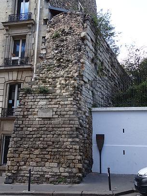 031-Mur_Philippe-Auguste_rue -Clovis.JPG