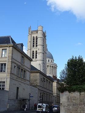 033_Tour-ancienne-Abbaye-Ste-Genevieve.J