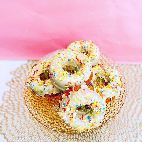 Golden Cookies n' Cream Donut