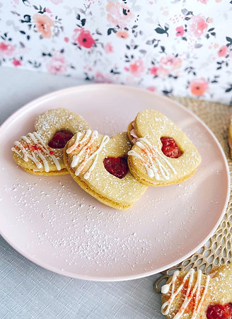 Strawberry Linzer Grandwiches