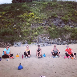 Beach class with these lovely ladies 🏋���