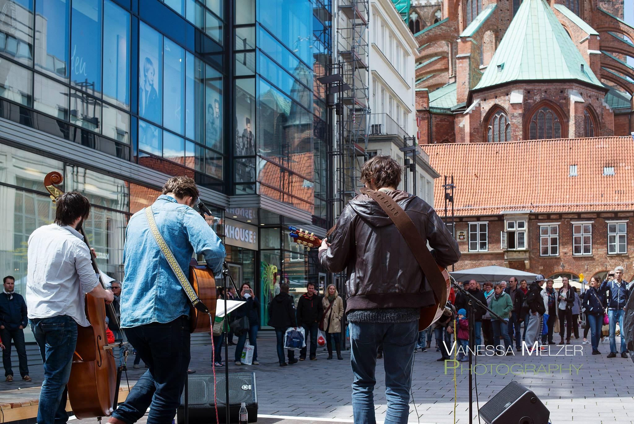 Straßenmusik Kerygold Lübeck