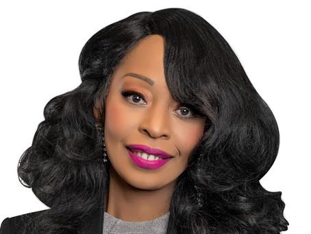 FinTech Female Fridays: Eliane Tchikanda, Director of Banking Operations, Stash