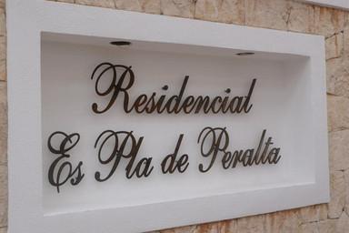 """Residencial """"Es Pla de Peralta"""""""