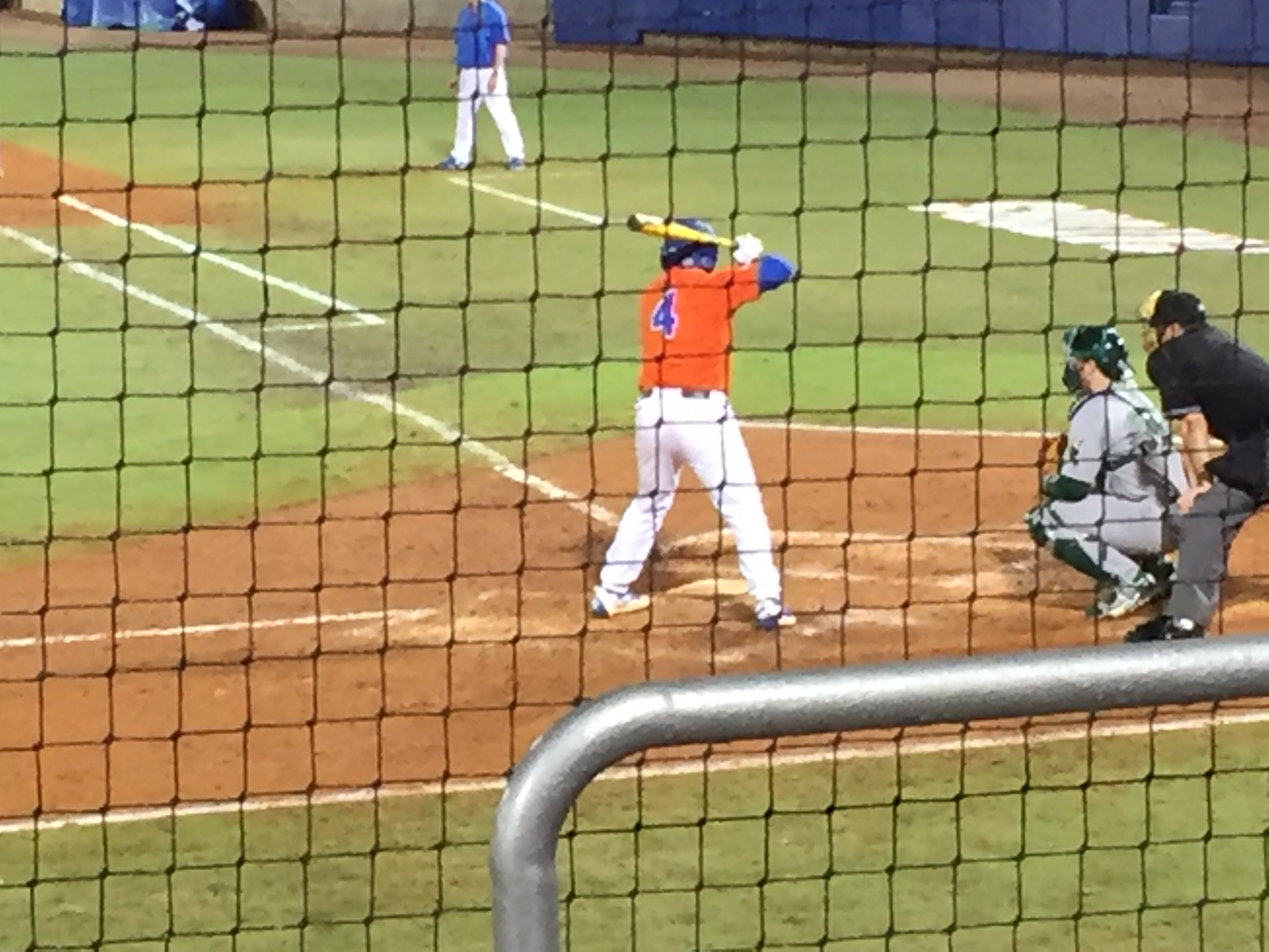#1 Gators Shut Out Knights for Sweep