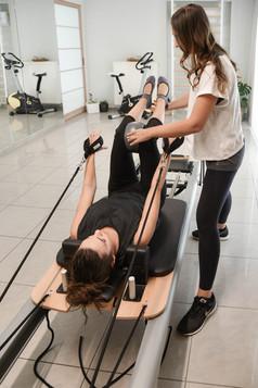 Ατομικό Θεραπευτικό Pilates στο Reformer / 1 to 1 Clinical Pilates on the Reformer