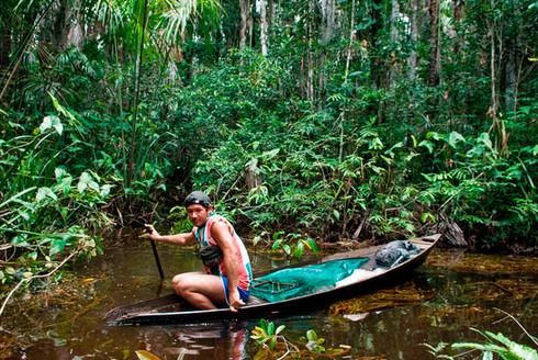 fisherman-rio-negro.jpg