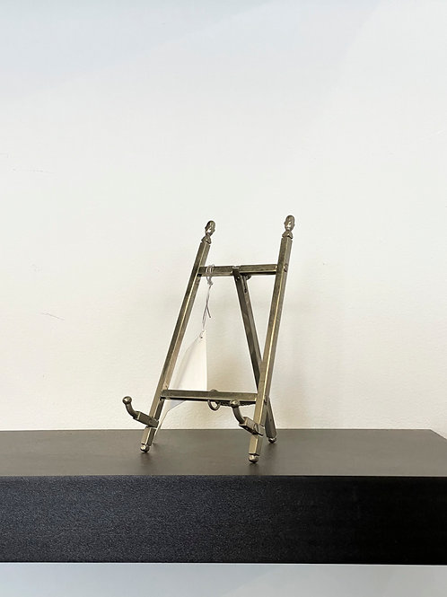 Silver Chair Easel