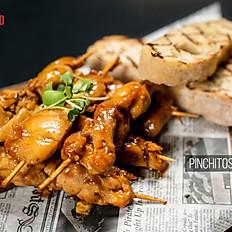 Pinchitos de Pollo en Salsa de Mangó