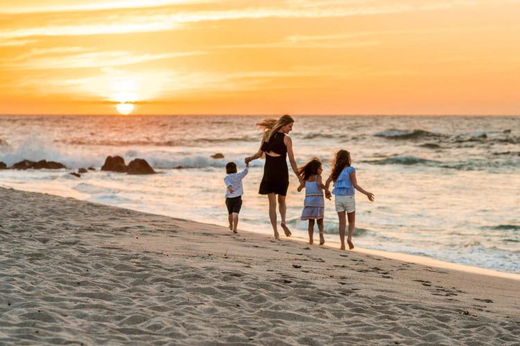 four-seasons-punta-mita-family-photoshoo