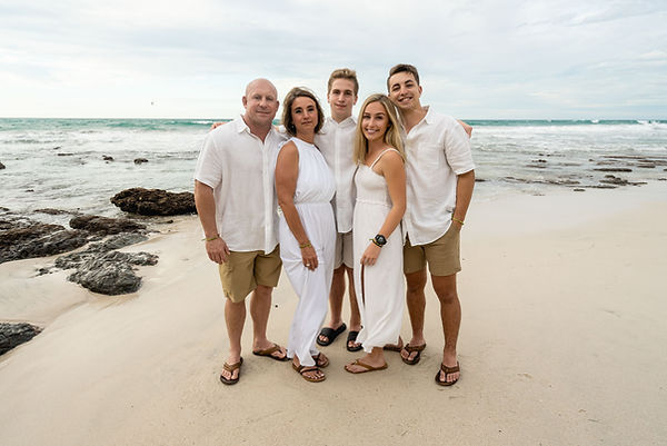 best-photographer-in-punta-mita-family-p
