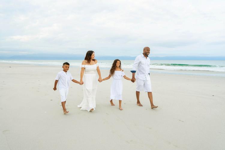 family-beach-photoshoot-at-w-hotel-punta