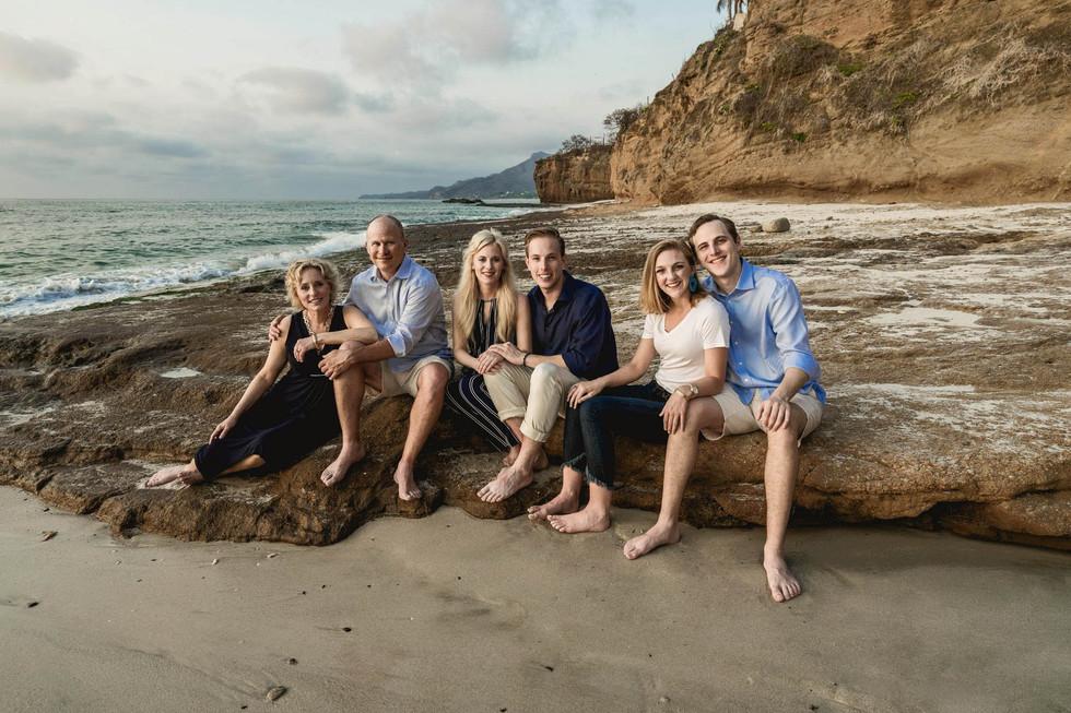 punta-mita-family-photo-session-on-the-b