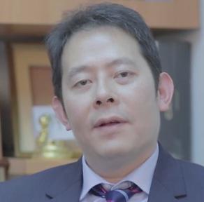 黃國康律師