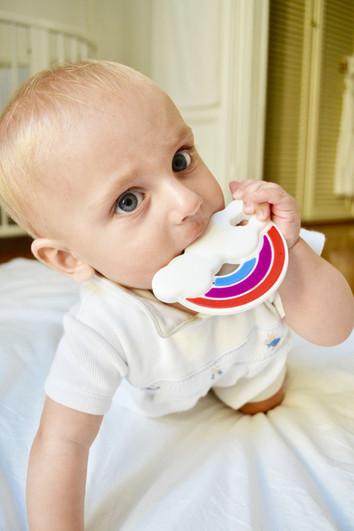 Comment soulager mon Bébé durant sa Poussée Dentaire?