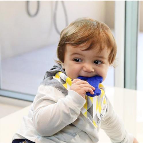 Baby Beißspielzeug AUTO - Blau
